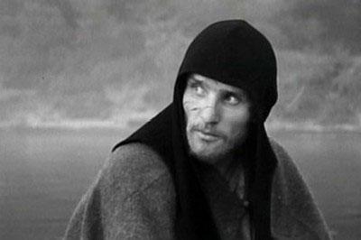Still uit de film Andrej Roeblov van Tarkowski